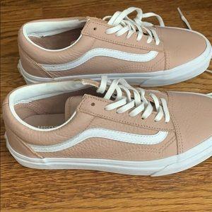 Van's pink leather sneakers